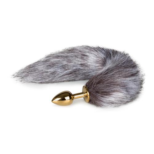 Kleine goudkleurige buttplug met bruin/witte vossenstaart